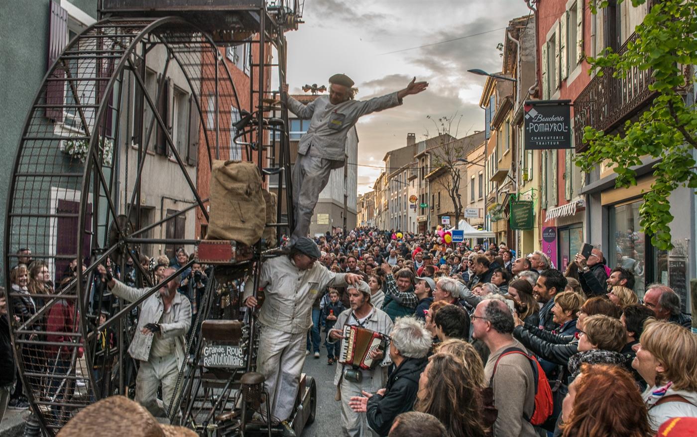 Dynamogène dynamogene-spectacle_GRRleucate-cp Parades & Carnaval